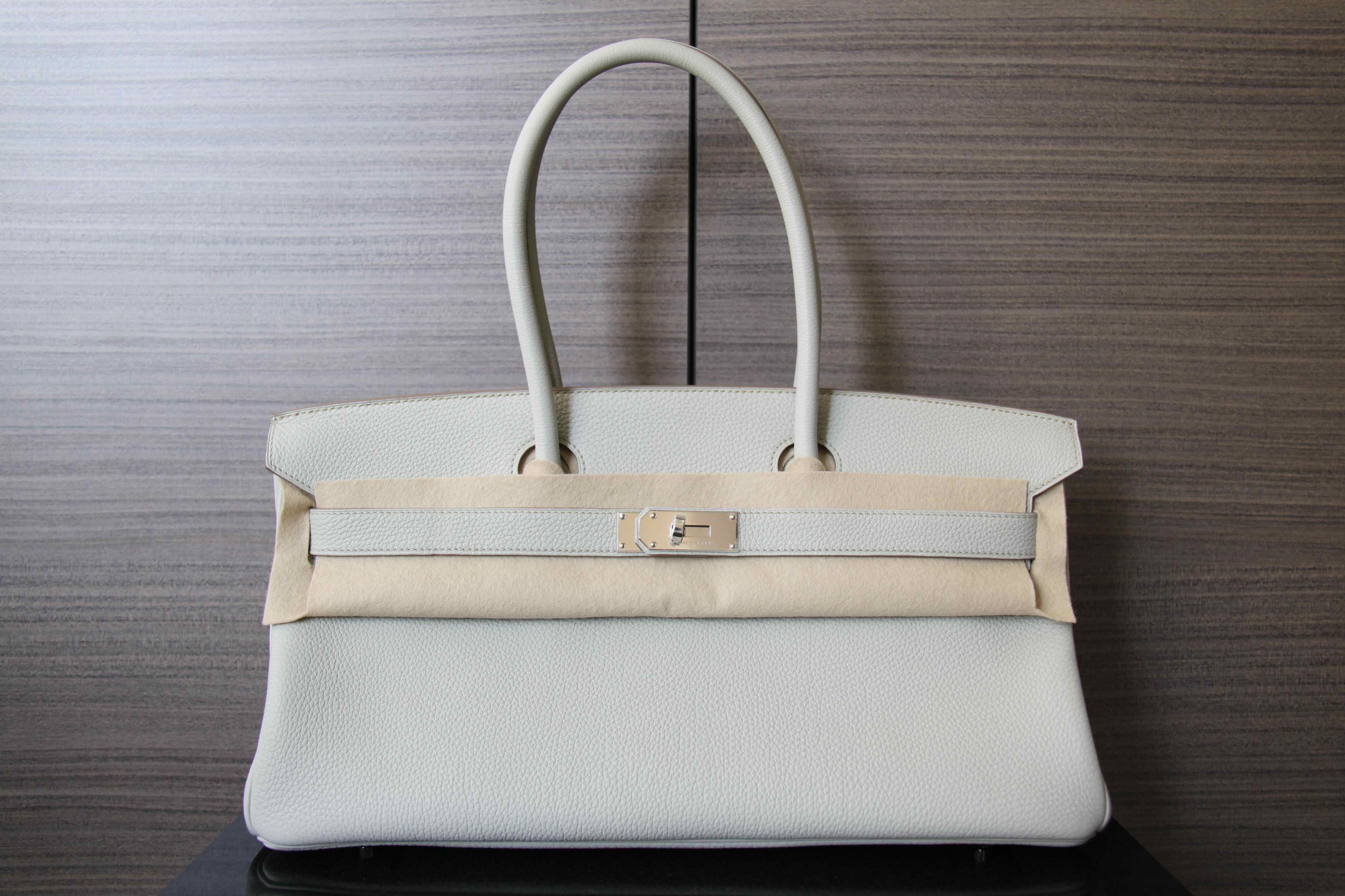 670f25a8325 42cm Gris Perle Shoulder Birkin with PHW. 32cm Black Kelly in swift leather  with PHW